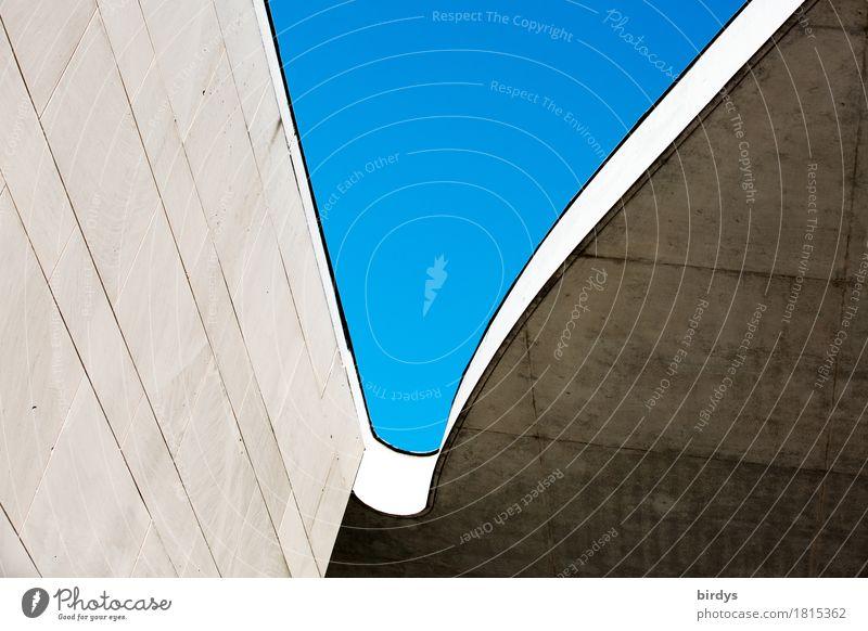 grafische Erscheinung Wolkenloser Himmel Bauwerk Architektur Fassade Beton ästhetisch elegant einzigartig modern Stadt blau grau Hoffnung Design ruhig Stil