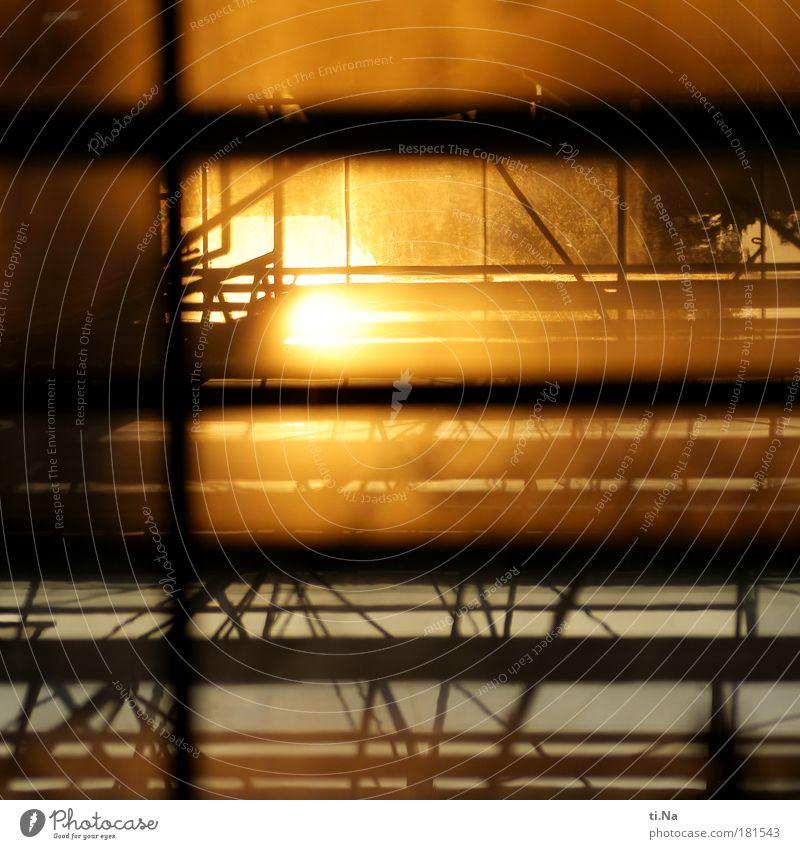 Glas-Stahl-Sonnenlicht Farbfoto Außenaufnahme Innenaufnahme Abend Dämmerung Licht Schatten Kontrast Silhouette Reflexion & Spiegelung Sonnenstrahlen