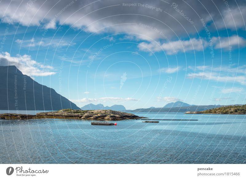 ich denke oft an... Himmel Natur blau Wasser Landschaft Wolken Berge u. Gebirge Schwimmen & Baden Insel fantastisch Schönes Wetter Urelemente Norwegen Fjord Norwegenurlaub Schwimmdock