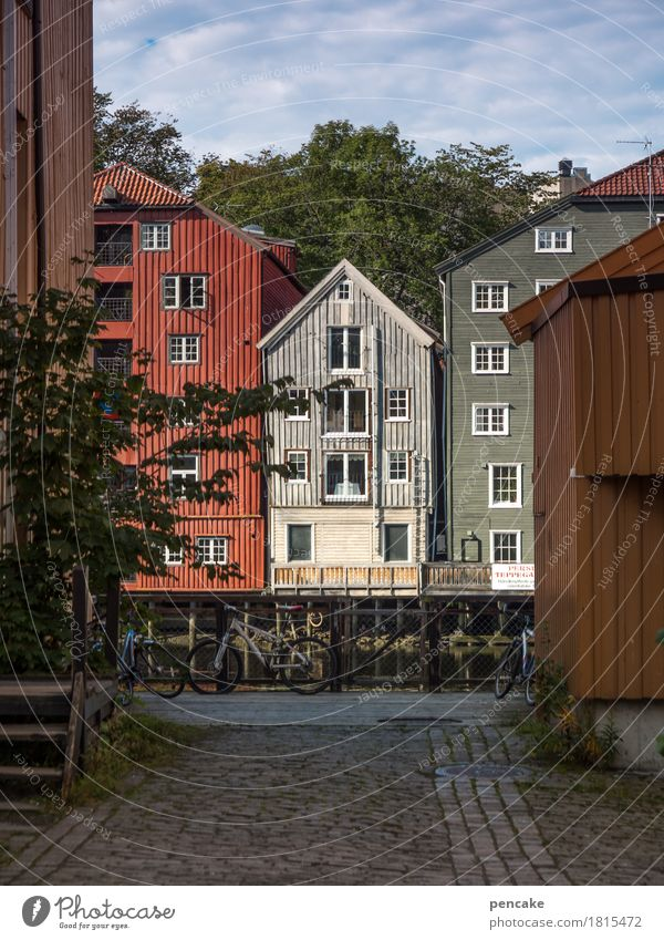 gegenüber alt schön Haus Architektur Gebäude einzigartig historisch Altstadt Altbau Hafenstadt Norwegen Holzhaus Lagerhaus Kaufhaus Pfahlhaus Trondheim