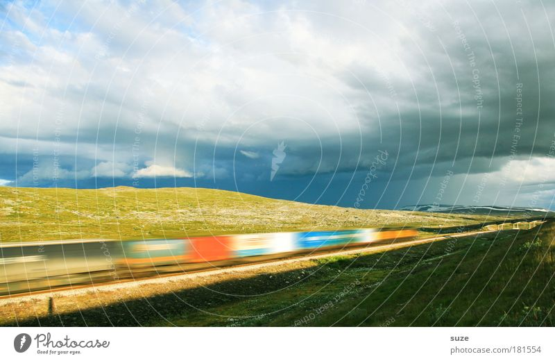 Polar-Express Himmel Ferien & Urlaub & Reisen Wolken Landschaft Umwelt Wiese Bewegung Wetter Energiewirtschaft Geschwindigkeit Perspektive Eisenbahn
