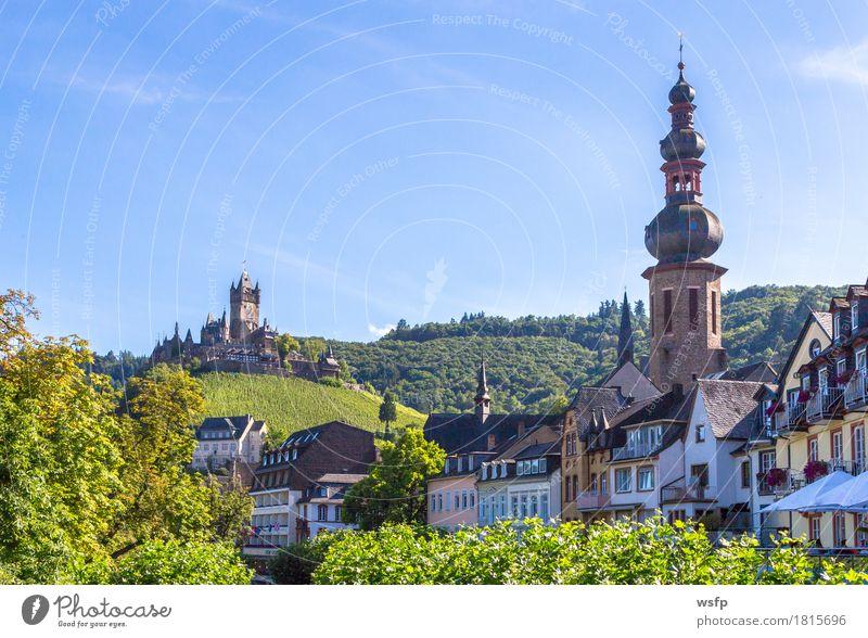 Cochem Stadt an der Mosel Panorama Sommer Fluss Burg oder Schloss Idylle panorama reichsburg Moseltal mosel Weintrauben Eifel Rheinland-Pfalz Weinbau Weinberg
