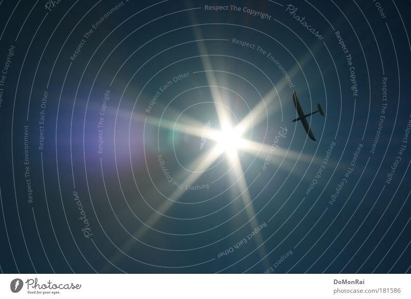 Icarus remote-controlled Himmel Sonne Freiheit hell Flugzeug fliegen Geschwindigkeit Europa Luftverkehr Abenteuer Zukunft Güterverkehr & Logistik Tourismus Freizeit & Hobby Sehnsucht