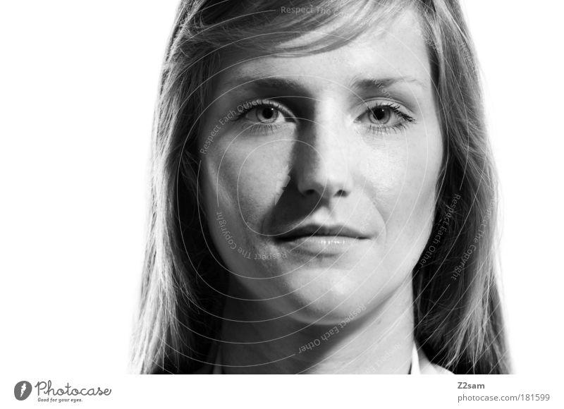 sandra Frau Mensch Jugendliche schön Gesicht Auge feminin Kopf Kraft Erwachsene Porträt elegant einzigartig natürlich außergewöhnlich stark