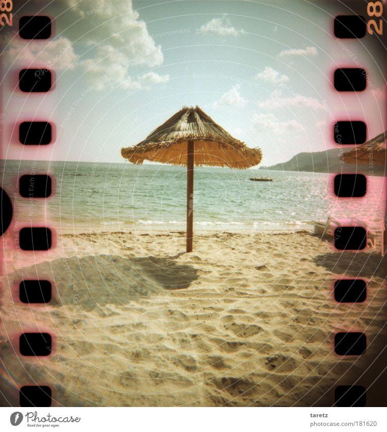 Gibt's zum Cocktail ein Schirmchen? Natur Wasser schön Himmel Meer blau Sommer Strand Ferien & Urlaub & Reisen Wolken Ferne Erholung Freiheit Wärme Sand
