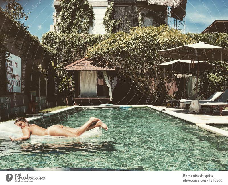 doyouBALIieveinlifeafterlove? Mensch Ferien & Urlaub & Reisen Jugendliche nackt Sommer Sonne Erholung ruhig 18-30 Jahre Erwachsene feminin Schwimmen & Baden