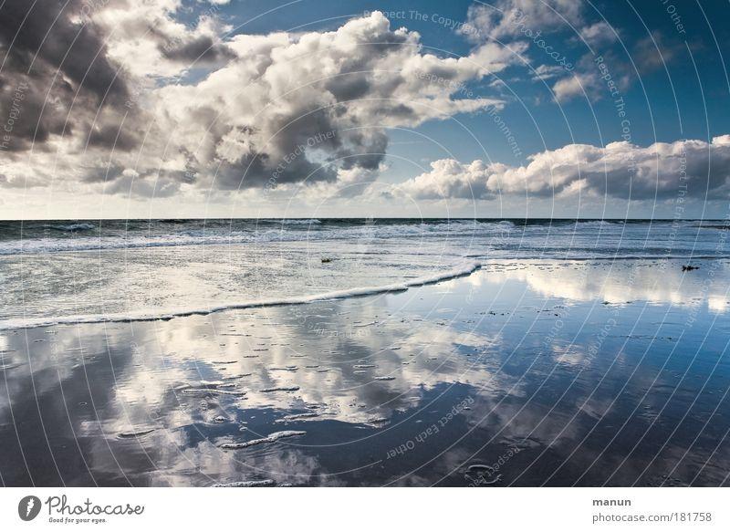 Vor dem Sturm II Natur Wasser Ferien & Urlaub & Reisen Sommer Meer Strand Wolken ruhig Ferne Erholung Klima Leben Herbst Küste Reflexion & Spiegelung Horizont
