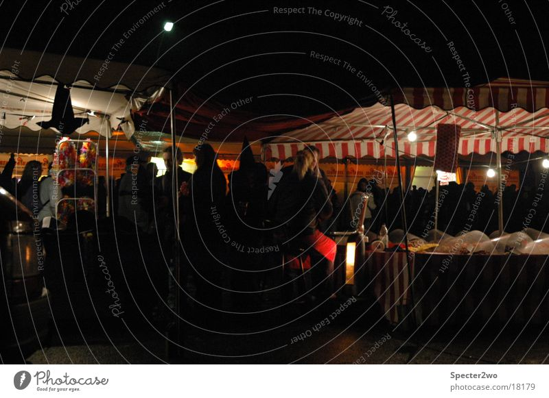 Market Jahrmarkt Marktstand Nacht Freizeit & Hobby Niveau Licht