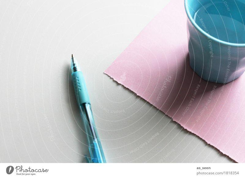 Ordnung in pastell blau weiß ruhig Schule rosa Häusliches Leben Freizeit & Hobby Büro liegen Kreativität Idee lernen Papier schreiben Bildung