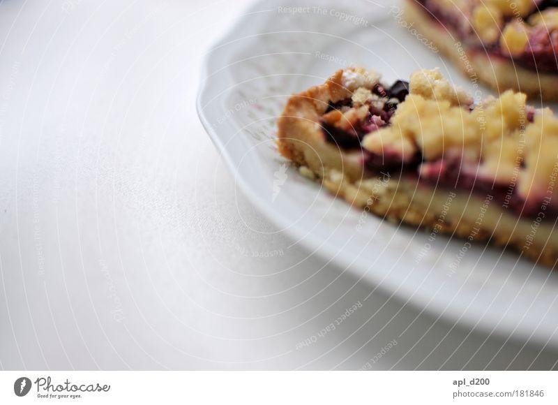 LECKER weiß blau Ernährung braun Lebensmittel Frucht ästhetisch Warmherzigkeit Geschirr Kuchen Duft Lust Teller silber Begierde Vorfreude