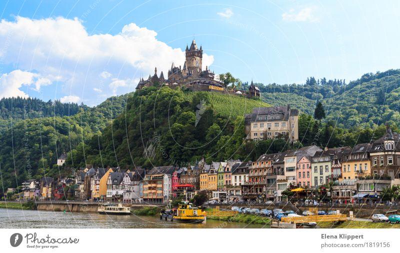Cochem an der Mosel Deutschland Eifel Rheinland-Pfalz Dorf Kleinstadt Stadt Altstadt bevölkert Burg oder Schloss Turm Bauwerk Gebäude Architektur
