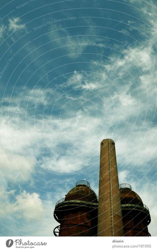Dawning of a New Era Himmel blau Wolken Architektur braun außergewöhnlich dreckig groß hoch Industrie Technik & Technologie Bauwerk Hütte Sehenswürdigkeit Schornstein Produktion