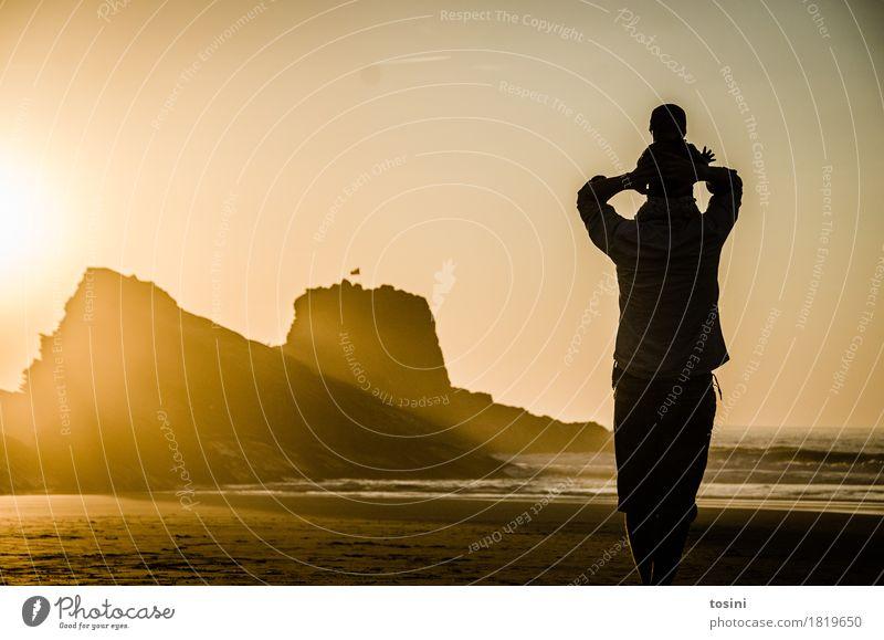 Golden V Natur Ferien & Urlaub & Reisen Wasser Sonne Meer Erholung Strand Beleuchtung Sand Felsen Horizont gold Sicherheit Sehnsucht Abenddämmerung Vater