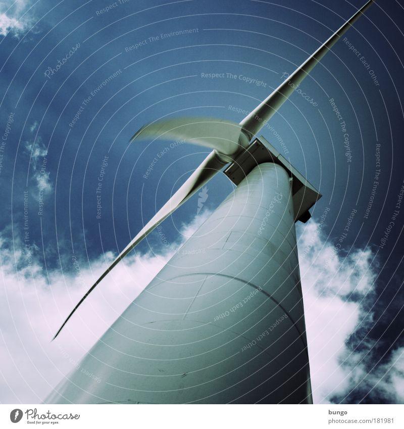 id vertitque vertit Klima Himmel blau Wolken Wind Industrie modern Energiewirtschaft Zukunft Technik & Technologie Windkraftanlage Licht drehen hässlich
