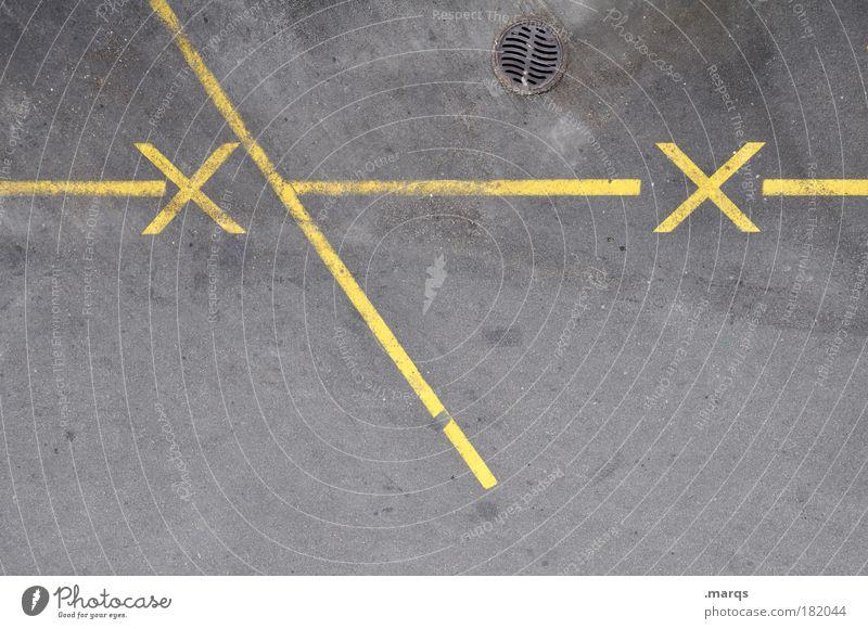--x\----x-- gelb grau Wege & Pfade Straßenverkehr Design Schilder & Markierungen Verkehr fahren Streifen Pfeil Mobilität Verkehrswege Parkplatz Personenverkehr