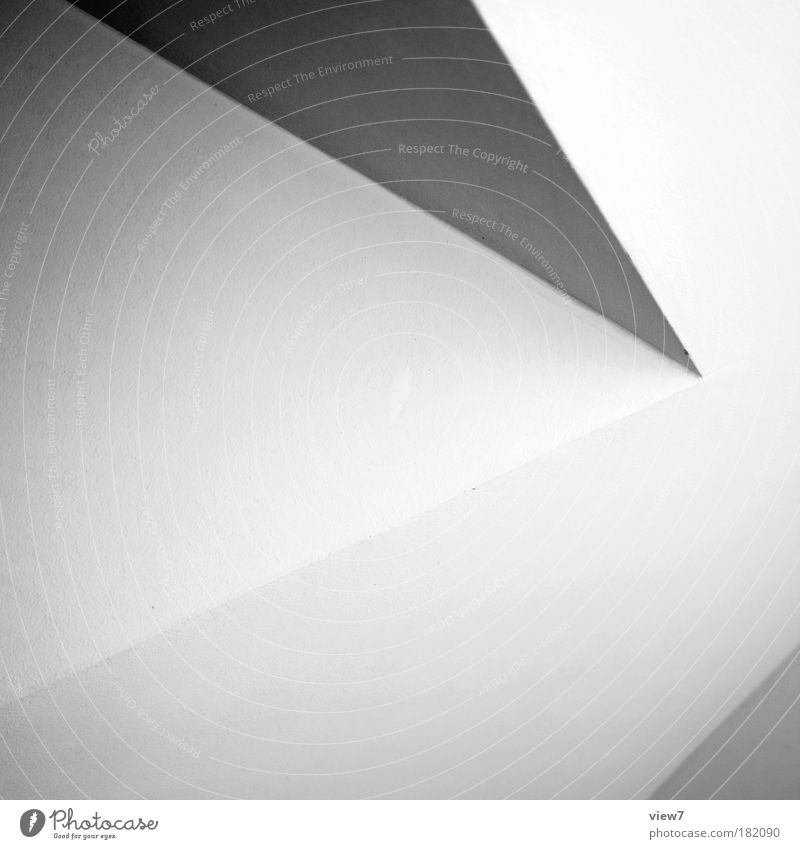 right Schwarzweißfoto Innenaufnahme Detailaufnahme Menschenleer Textfreiraum links Starke Tiefenschärfe Haus Mauer Wand Fassade Stein Beton Zeichen Linie Pfeil