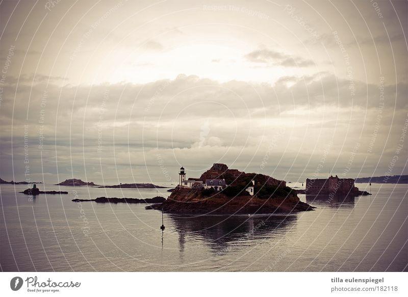 bretagne Himmel Natur Wasser Ferien & Urlaub & Reisen Meer Wolken Ferne kalt dunkel Freiheit Herbst Landschaft Umwelt Küste Horizont Insel
