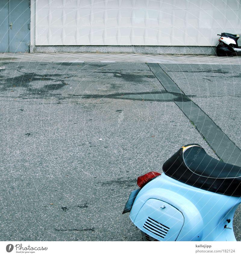 alle wege führen nach rom Straße Stil Verkehr Lifestyle Güterverkehr & Logistik stehen Klima Freizeit & Hobby Italien Motorrad Verkehrswege Fahrzeug Tradition Motor Kleinmotorrad Personenverkehr