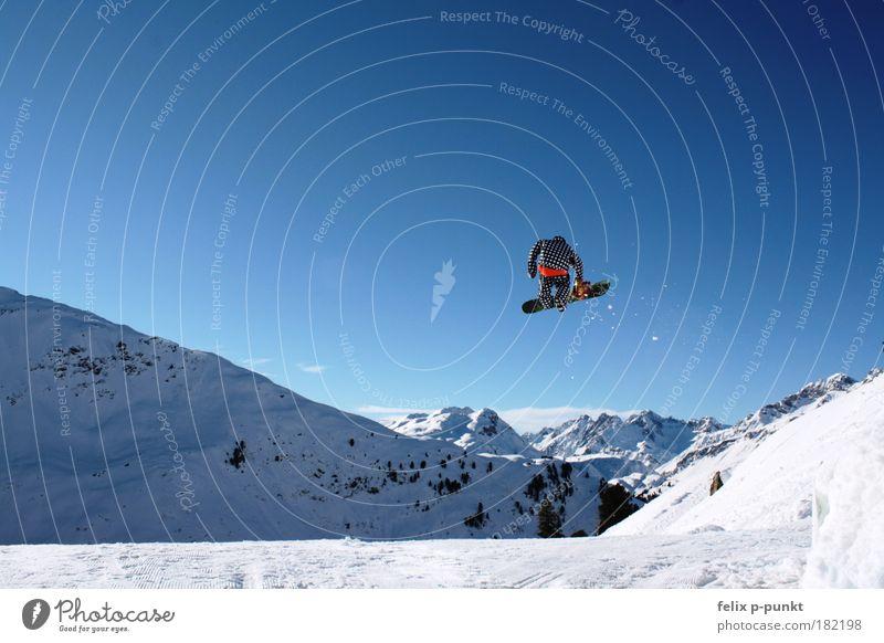 1 footer Lifestyle Sport Erfolg Mensch maskulin Mann Erwachsene Umwelt Natur Landschaft Luft Himmel Wolkenloser Himmel Winter Schönes Wetter Alpen