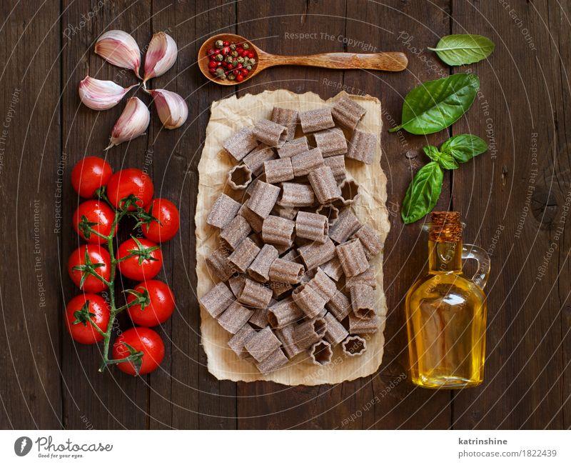 Vollkornnudeln, Gemüse, Kräuter und Olivenöl Teigwaren Backwaren Kräuter & Gewürze Öl Vegetarische Ernährung Diät Italienische Küche Flasche Tisch Blatt dunkel