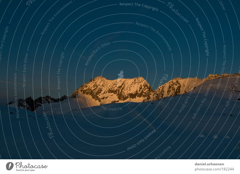 Sonnenaufgang, -15 Grad Natur blau Winter kalt Berge u. Gebirge Alpen Gipfel Schweiz Sonnenaufgang Wolkenloser Himmel Schneebedeckte Gipfel