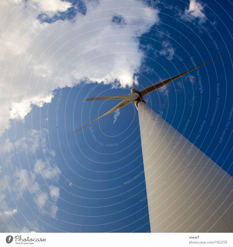 Turmbau Himmel blau Wolken Bewegung Metall Ordnung Energie Design groß modern Energiewirtschaft neu Industrie Technik & Technologie Unendlichkeit dünn