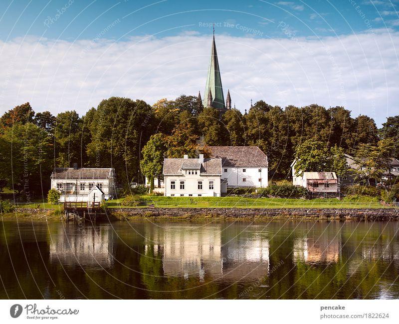 lage, lage, lage Himmel Natur Stadt Wasser Landschaft Haus Herbst Gebäude Park retro historisch Fluss Urelemente Flussufer Dom Hafenstadt