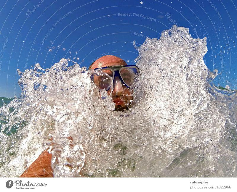 bbbwwlupp 1 Ferien & Urlaub & Reisen Sommer Sommerurlaub Meer Wellen Wassersport Schwimmen & Baden maskulin Mann Erwachsene Kopf Mensch Küste tauchen blau weiß