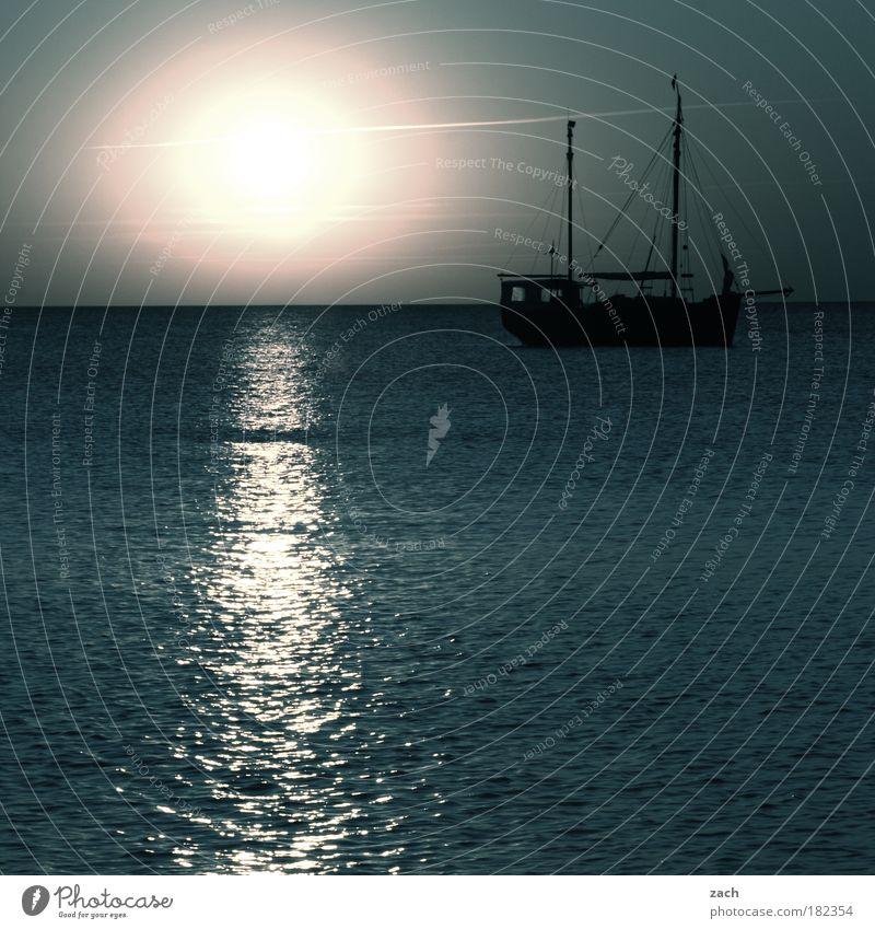 Supernova Natur Wasser schön Himmel Sonne Meer blau Sommer Strand Ferien & Urlaub & Reisen ruhig Gefühle Wasserfahrzeug Wellen Küste Horizont