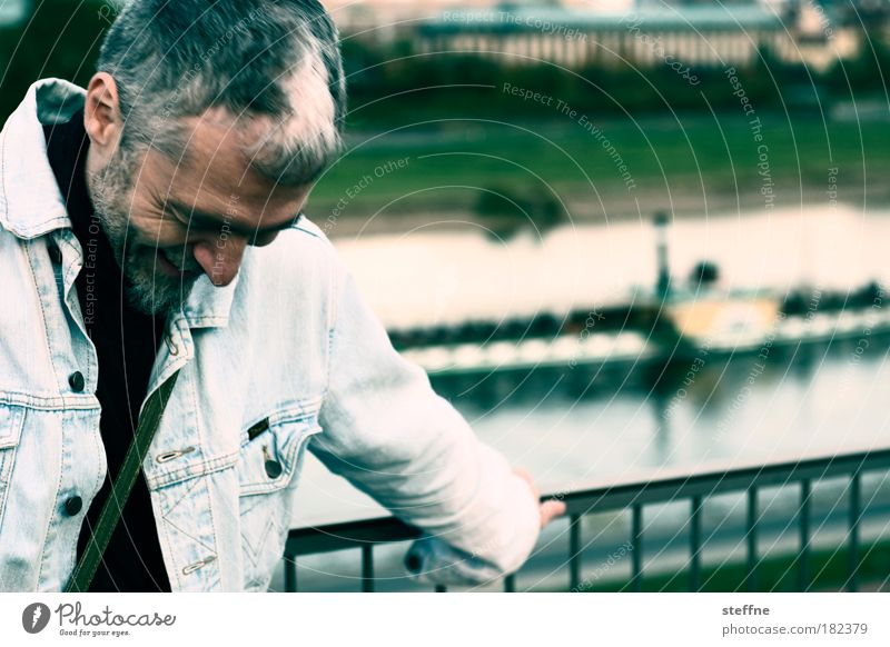 Rumpelstilzchen Mensch Mann lachen Erwachsene Porträt maskulin Sachsen Fluss Dresden grinsen Schifffahrt Lächeln Elbe sympathisch Dampfschiff Binnenschifffahrt