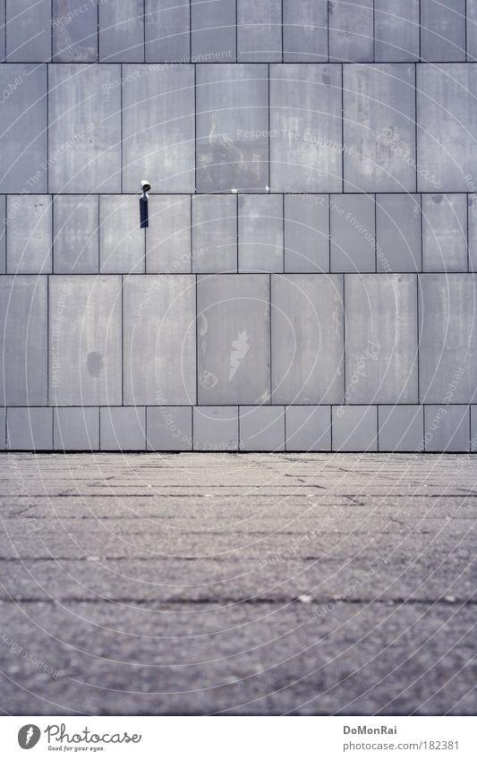 Just another brick in the wall... Einsamkeit Wand grau Mauer Stein Angst Fassade Beton Schulgebäude Europa Macht Bildung beobachten Schweiz Kontrolle