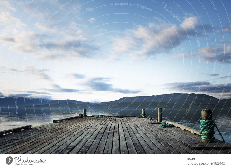 Steg Ferien & Urlaub & Reisen Tourismus Ausflug Ferne Freiheit Berge u. Gebirge Umwelt Natur Landschaft Himmel Wolken Klima Wetter Küste Meer Hafen Holz