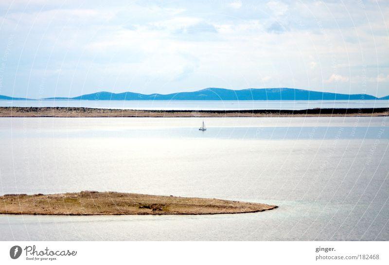 Wenn die Seele Segel setzt... Himmel Natur blau Wasser Meer Erholung Ferne Umwelt Berge u. Gebirge Küste Freiheit hell Horizont Felsen braun