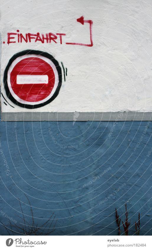 (siehe Foto) blau Haus Wand Graffiti Gebäude Mauer Fassade Schilder & Markierungen Ordnung Verkehr Hochhaus Schriftzeichen Sicherheit Hinweisschild Bauwerk