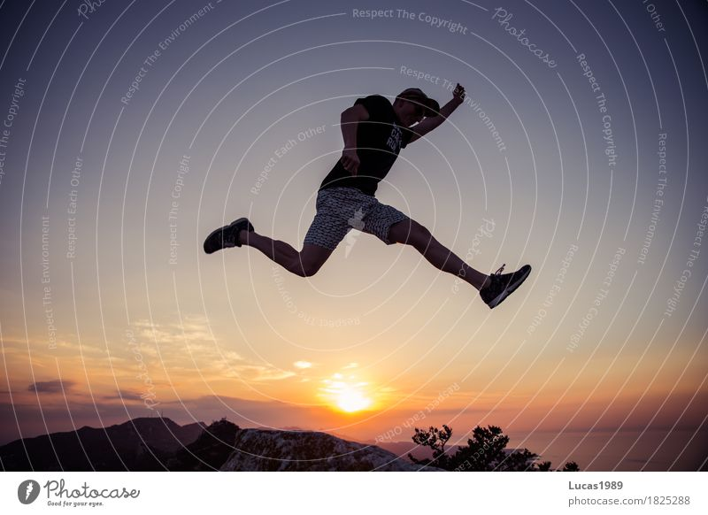 Abenteuer Lifestyle Leben Freizeit & Hobby Ferien & Urlaub & Reisen Ausflug Ferne Freiheit Expedition Sommer Sommerurlaub Sonne Berge u. Gebirge wandern Mensch