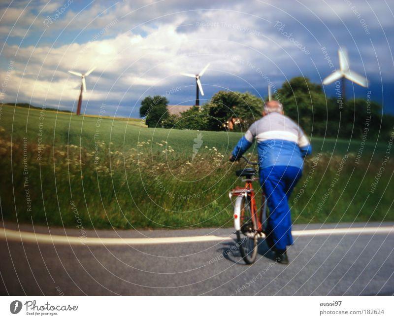 Ballonseide. Get dressed. Senior Energiewirtschaft Energie Mensch Windkraftanlage Erneuerbare Energie Energiekrise