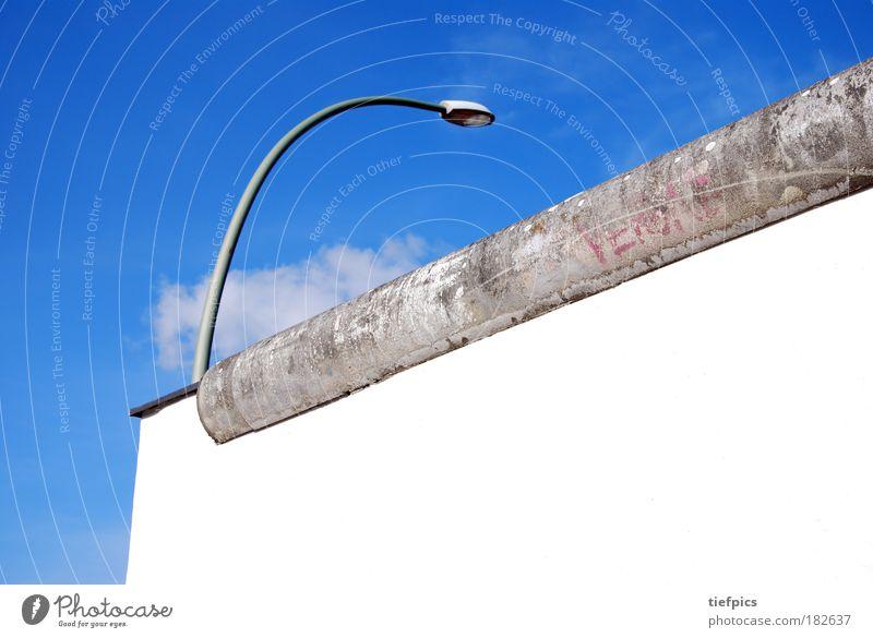 mauerfall. Farbfoto Mauer Wand Sehenswürdigkeit kalt Krieg Trennung Überwachung Symbole & Metaphern Deutschland Ostalgie Berliner Mauer Wiedervereinigung