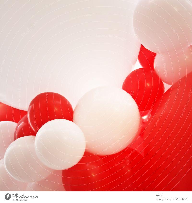 Moleküle weiß rot Freude Farbe Spielen Luft Feste & Feiern abstrakt Kindheit Freizeit & Hobby Geburtstag Ordnung Luftballon Jubiläum Kitsch Platzangst