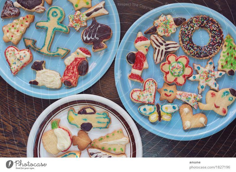 *Weihnachtsplätzchen* III Lebensmittel Teigwaren Backwaren Süßwaren Schokolade Ernährung Kaffeetrinken Vegetarische Ernährung Slowfood Fingerfood Teller