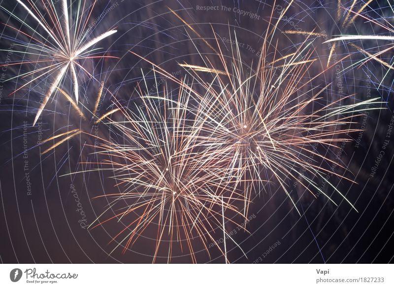 Schöne bunte Feuerwerke Himmel blau Weihnachten & Advent Farbe schön weiß rot dunkel schwarz gelb Glück Kunst Feste & Feiern Party orange Design