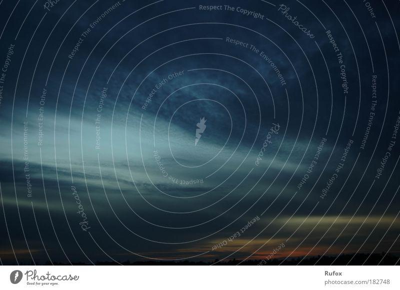 Auge des Sturms Farbfoto Außenaufnahme Menschenleer Abend Dämmerung Nacht Schatten Kontrast Sonnenaufgang Sonnenuntergang Natur Luft Himmel nur Himmel Wolken