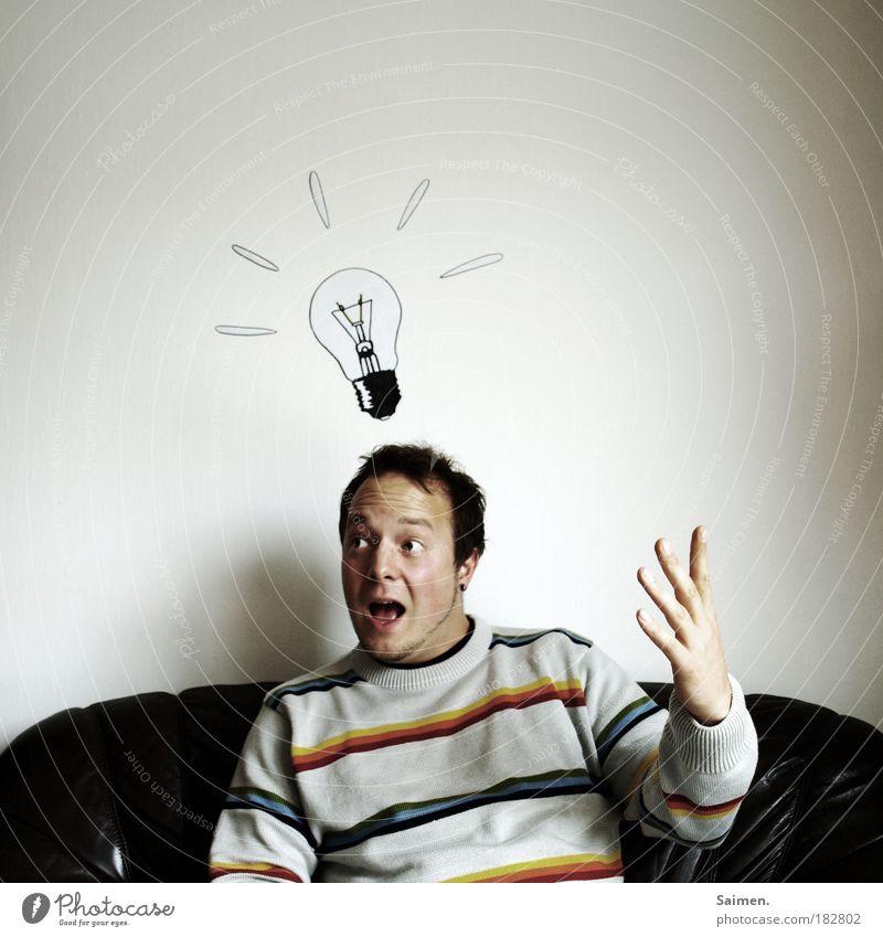 Geistesblitz // 150 Porträt Mensch Mann Erwachsene Glück Denken träumen Zufriedenheit glänzend sitzen maskulin frisch Fröhlichkeit Erfolg Hoffnung leuchten