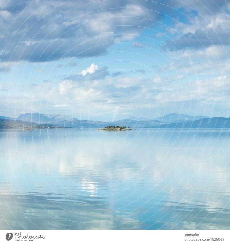 himmelreich auf erden Himmel blau Wasser Meer Landschaft Einsamkeit Wolken Berge u. Gebirge klein Glück Erde frei Luft Insel fantastisch Schönes Wetter