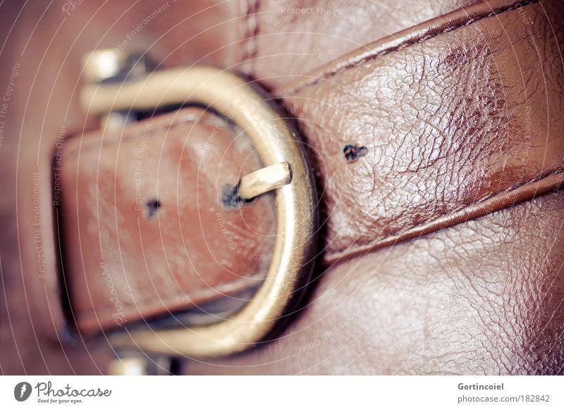 Alte Schnalle alt Stil Schuhe braun Metall Mode glänzend Gold Design elegant gold Bekleidung modern retro Stiefel Loch