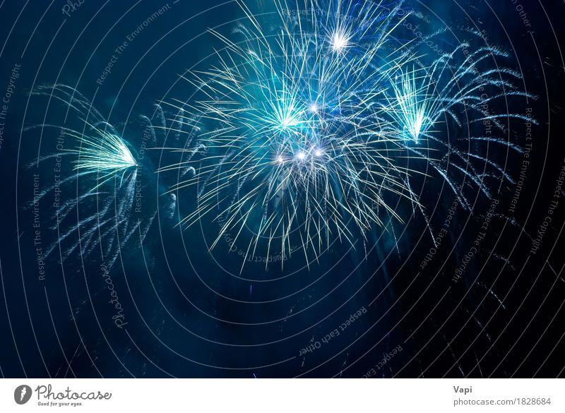 Blaues Feuerwerk Himmel blau Weihnachten & Advent Farbe weiß Freude dunkel schwarz Kunst Feste & Feiern Design rosa hell Geburtstag neu Silvester u. Neujahr