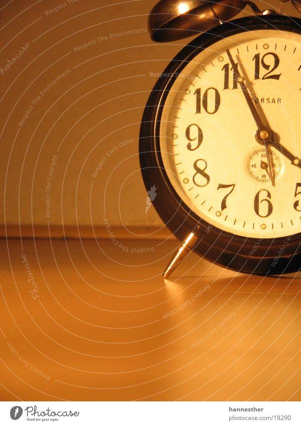 gute alte zeit#2 Wand Technik & Technologie Bodenbelag Uhr Wecker 11 Symbole & Metaphern Uhrenzeiger Elektrisches Gerät Zifferblatt