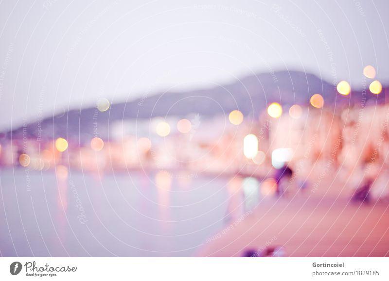Foça Stadt Meer Haus violett Straßenbeleuchtung Bucht Hafenstadt Türkei Fischerdorf Lichtfleck
