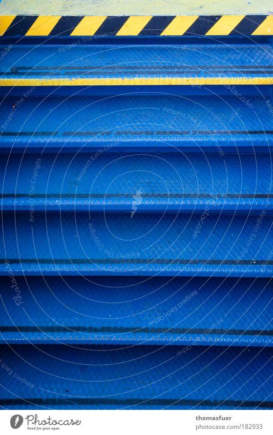 Stokers stairway Meer blau gelb Ferne Metall Perspektive Treppe Dienstleistungsgewerbe Stahl Verkehrswege Schifffahrt Kreuzfahrt Verkehrsmittel