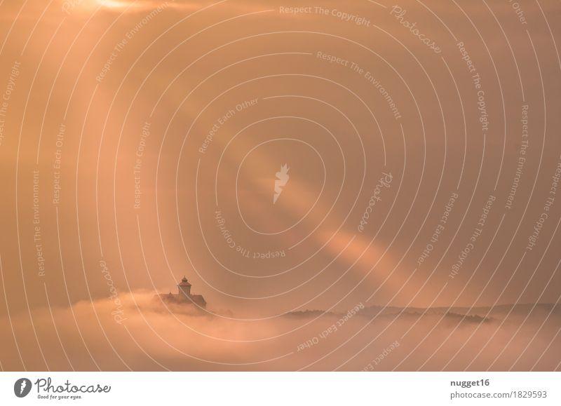 Die Wachsenburg im Morgennebel Umwelt Natur Landschaft Himmel Wolken Sonnenlicht Herbst Nebel Hügel Berge u. Gebirge drei Gleichen Thüringen Burg oder Schloss