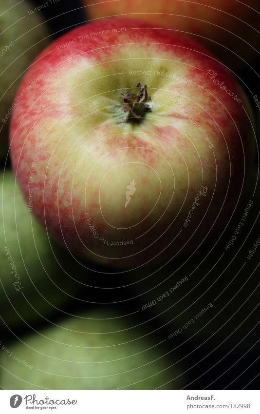 Apple Farbfoto Innenaufnahme Nahaufnahme Detailaufnahme Textfreiraum unten Lebensmittel Frucht Apfel Ernährung Umwelt Natur Baum Gesundheit Obstkorb Obstschale